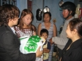 social-workers-and-nguyen-ngoc-yens-family-1_resize